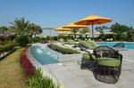 Pool für Erwachsene im Abendessen im ART Rotana Hotel & Resort @ Rena Hackl fotografiert 2017